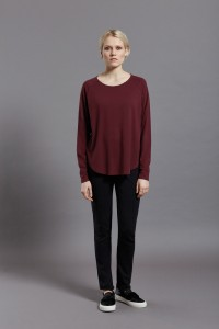 Frieda Tee Wine front