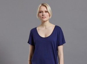 Rosa Tee Blue front