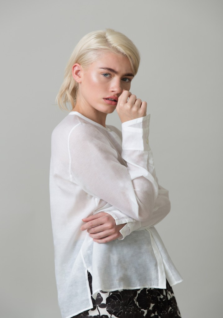 Frieda_Lookbook_blouse_white_1